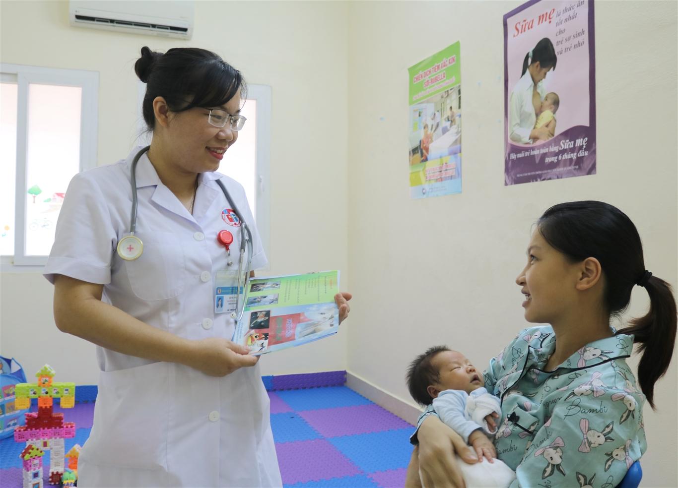 Đơn vị Tiêm chủng thông báo vắc xin HEXAXIM (6 trong 1 của Pháp)