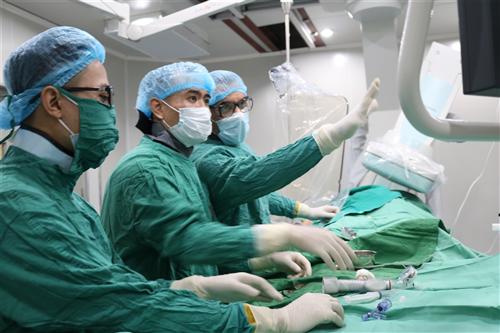 Hợp tác với các chuyên gia Cộng hòa Pháp trong điều trị các bệnh lý về bệnh tim - mạch