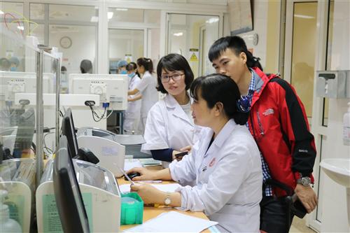 Đoàn công tác bệnh viện Đa khoa Tỉnh Thái Bình tham quan, trao đổi kinh nghiệm tại bênh viện