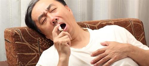 Sử dụng thuốc Nitroglycerin dạng xịt trong điều trị và dự phòng cơn đau thắt ngực ổn định