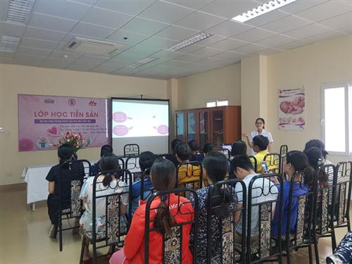 Lớp học tiền sản hoàn toàn miễn phí tại Bệnh viện Việt Nam - Thụy Điển Uông Bí