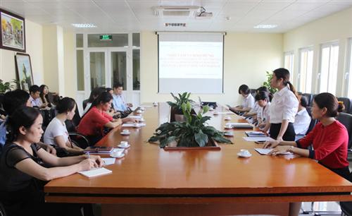 Học viên Lớp Quản lý chất lượng xét nghiệm thực địa tại 3 khoa Xét nghiệm của Bệnh viện