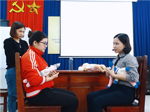 Nâng cao kiến thức nuôi dưỡng trẻ nhỏ cho các cán bộ y tế thuộc Sở Y tế Bắc Giang