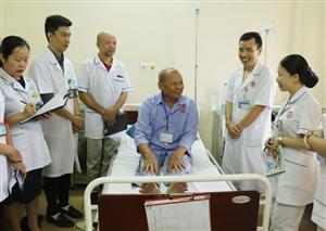 Đoàn công tác Bệnh viện Đa khoa tỉnh Hà Giang tham quan, trao đổi kinh nghiệm quản lý Bệnh viện