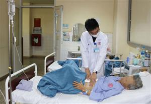 Sốc nhiễm trùng nhiễm độc ở người bệnh viêm phúc mạc do thủng tạng rỗng