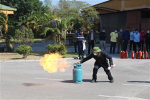 Huấn luyện nghiệp vụ phòng cháy chữa cháy tại Bệnh viện