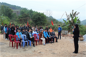 Khám và cấp phát thuốc miễn phí tại hai xã khó khăn của huyện Hoành Bồ