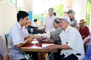 ĐVTN Bệnh viện Việt Nam - Thụy Điển Uông Bí: Hành trình thầy thuốc trẻ làm theo lời Bác