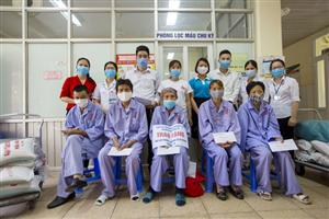 Chung tay động viên người bệnh khó khăn trong dịch bệnh