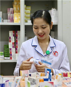 Cấp phát thuốc bảo hiểm ngoại trú: Từng bước thay đổi hướng tới sự hài lòng của người bệnh/người nhà người bệnh