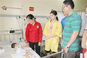 Vui ngày Quốc tế thiếu nhi tại Bệnh viện giữa mùa dịch Covid-19