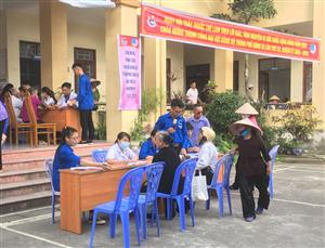 Người dân phường Phương Nam được khám sức khoẻ miễn phí