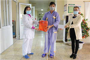 Quan tâm, động viên người bệnh đón Tết tại Bệnh viện