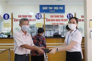 """""""Nhặt được của rơi trả lại người đánh mất"""" tại Bệnh viện Việt Nam – Thuỵ Điển Uông Bí"""